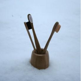 Bambusová zubná kefka